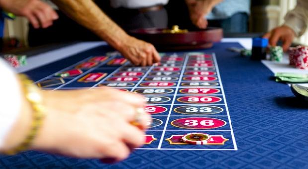 詐欺師のうごめくカジノ