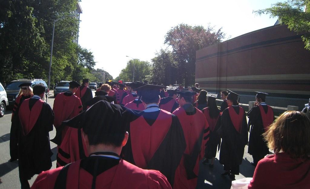 ハーバード大卒業式