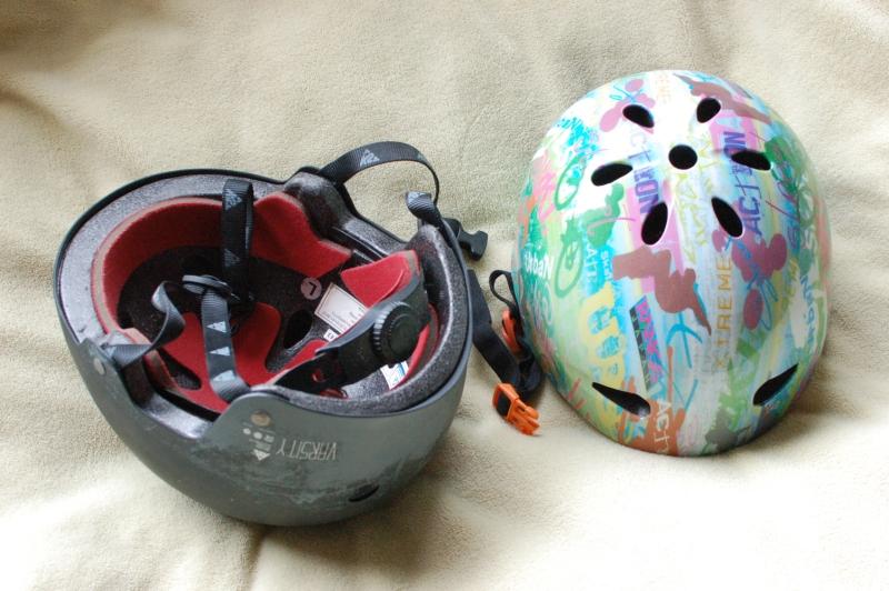 インラインスケート用のヘルメット