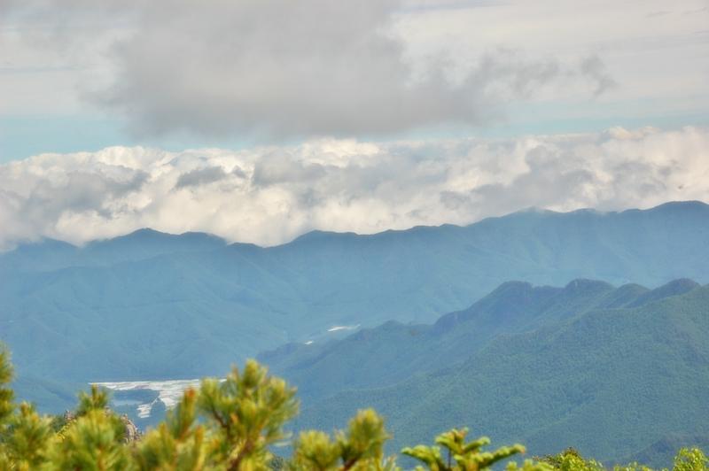 金峰山登山、朝日峠から朝日岳へ