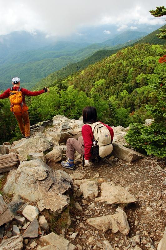 朝日岳から金峰山へ
