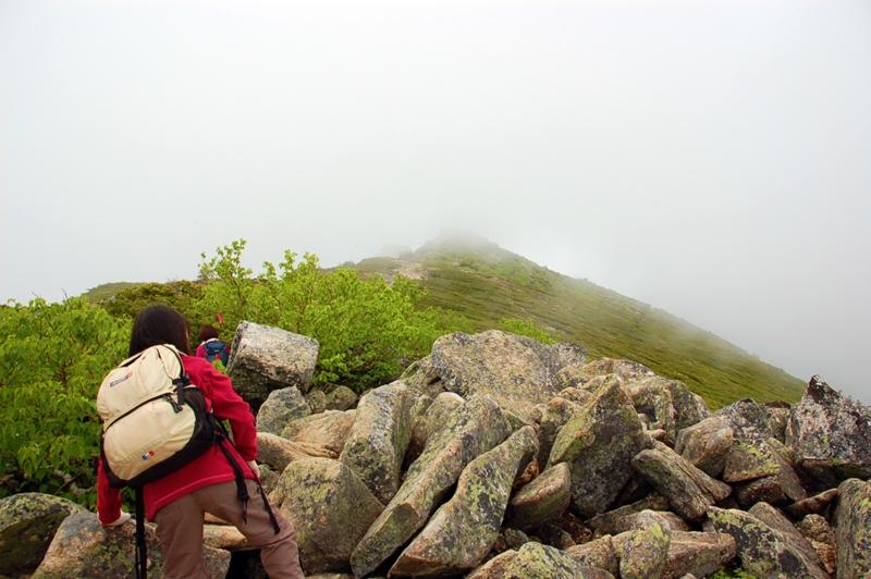 朝日岳から金峰山