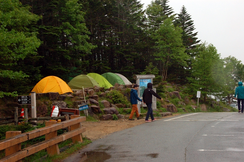 大弛峠のテント場
